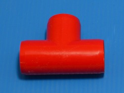"401-005R RED 1/2"" Tee. COO:UNKNOWN - PVC-Fittings-Colors"