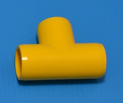 "401-005YEL YELLOW 1/2"" Tee. COO:UNKNOWN - PVC-Fittings-Colors"